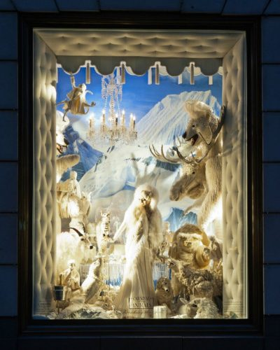 Design Spotting: Holiday Windows