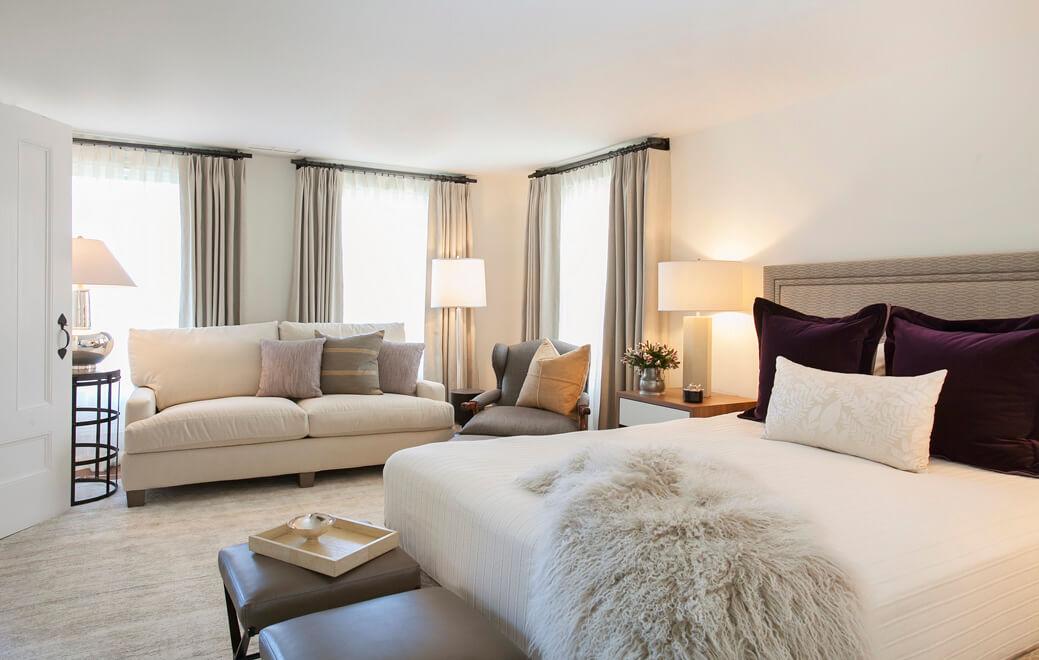 2-Master-Bed- Wide-Lights
