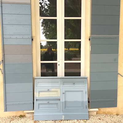 Exterior shutter color Le Mas Des Poiriers