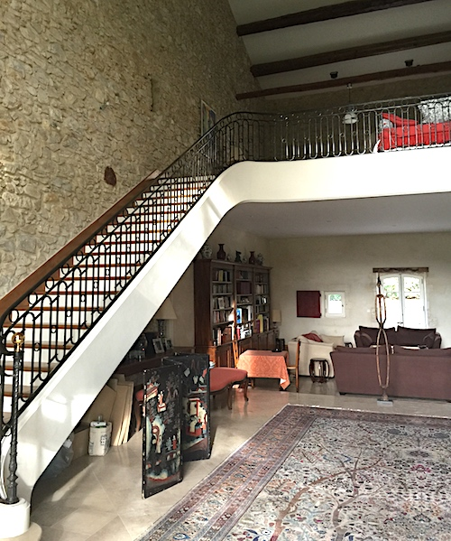 Before picture of the original stairway provencepoiriers