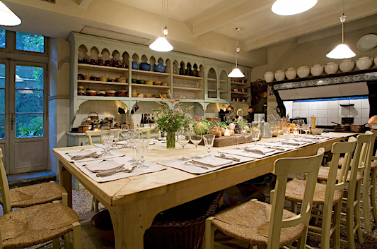 la mirande kitchen