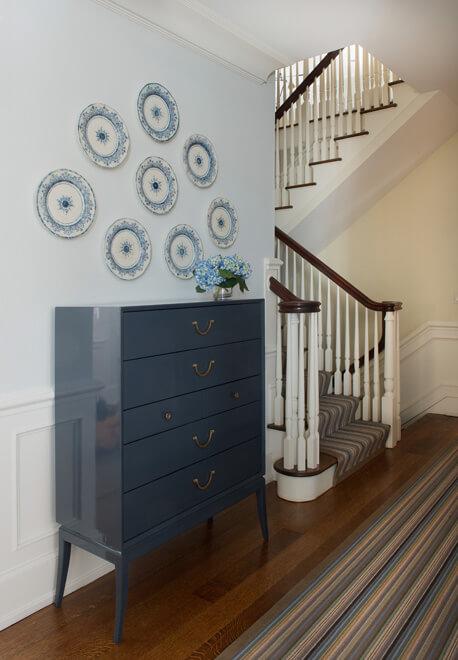 georgian style home staircase