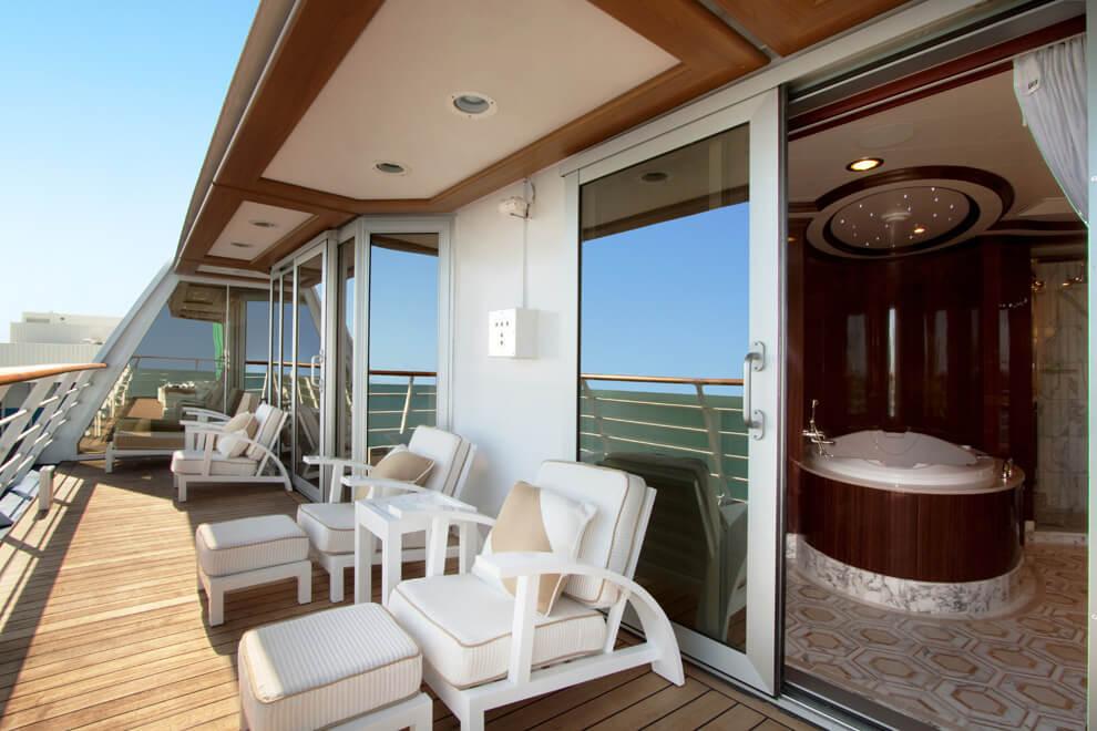 how to become a cruise ship interior designer