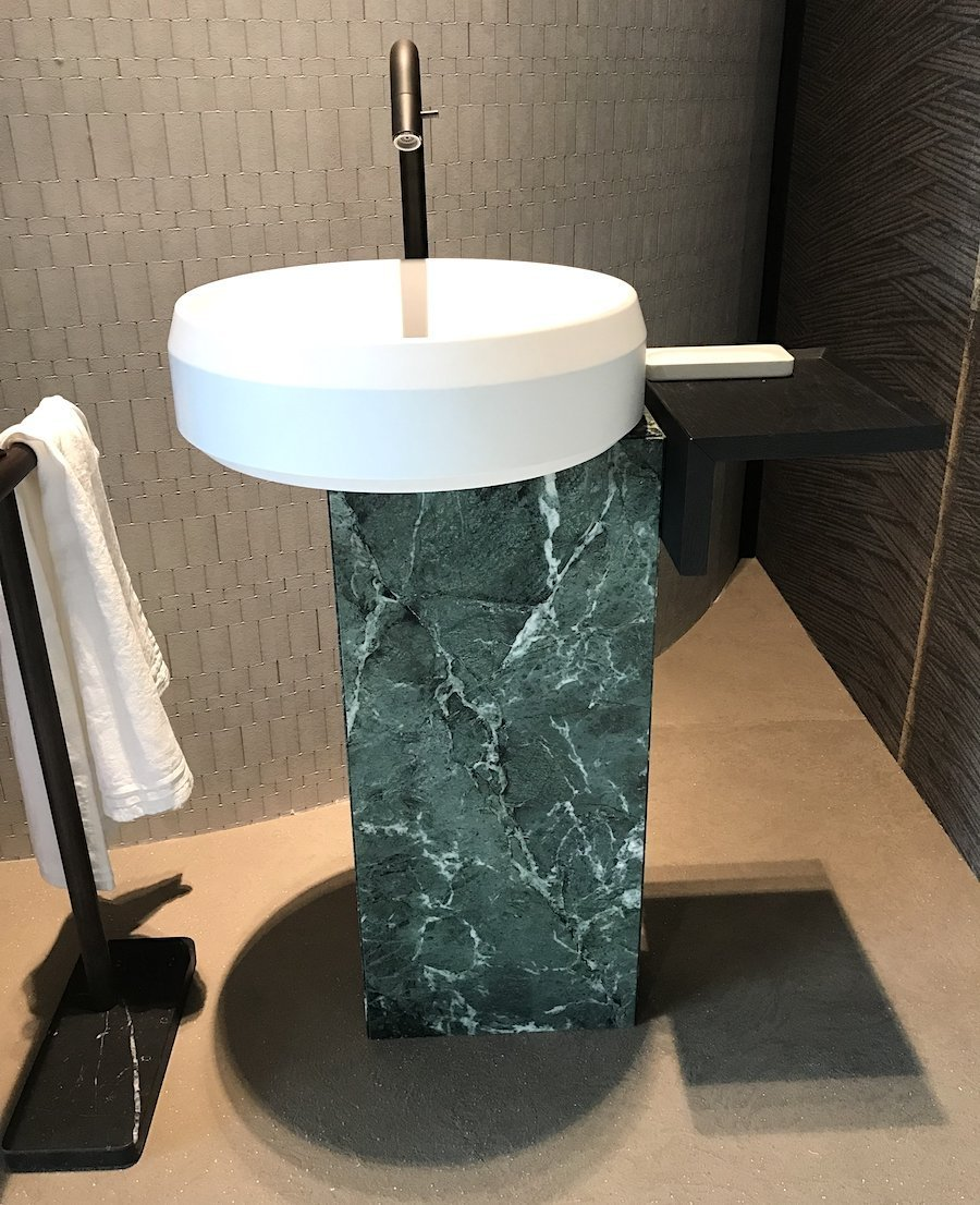 Lariana freestanding washbasin by Agape italy in marble and ceramic